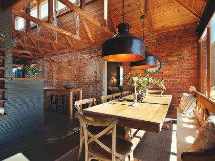 Rustykalny minimalizm – ściana z cegieł w kuchni