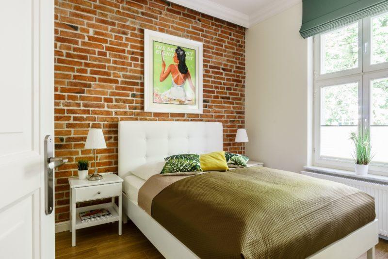 Ściana z cegły i kolory ziemi