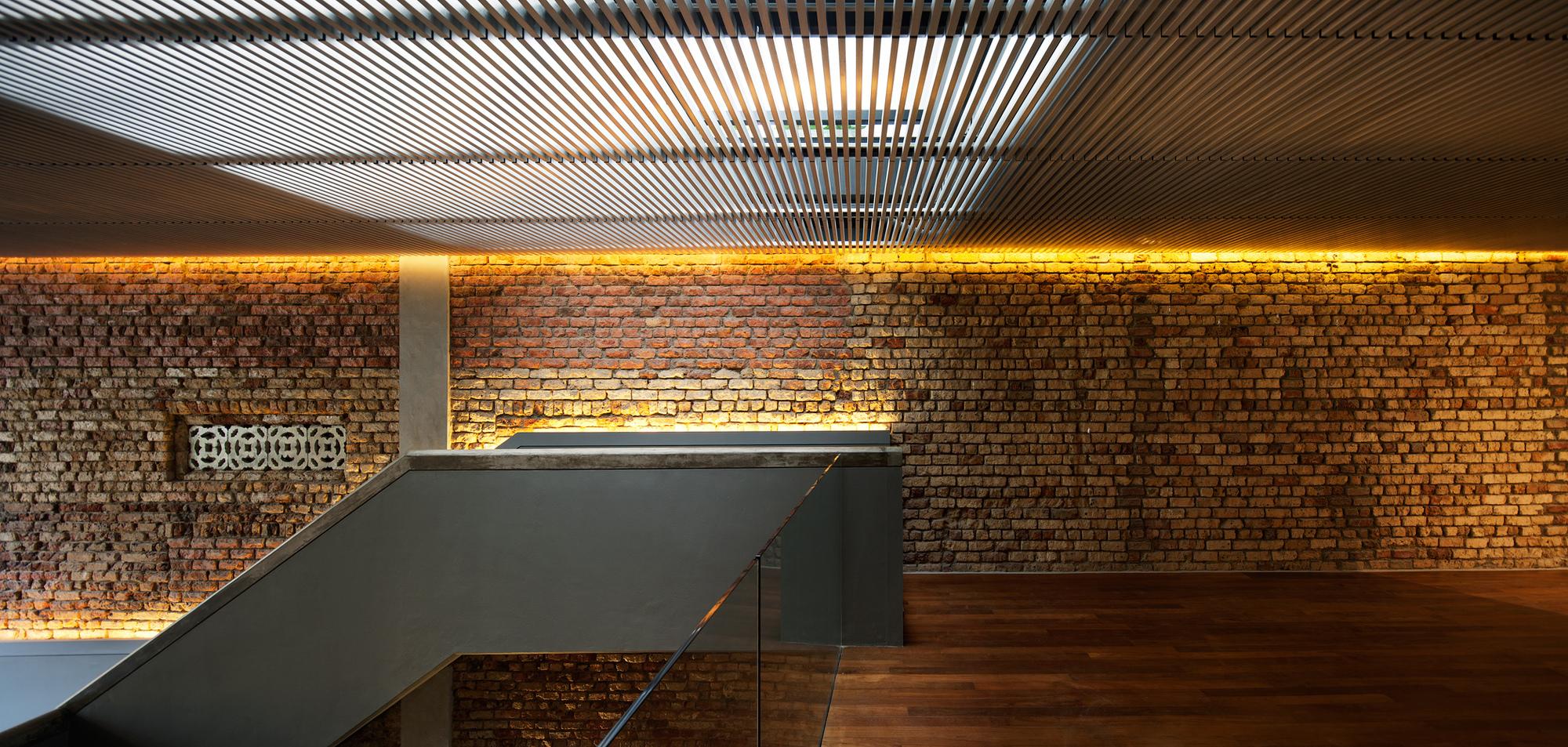 Ceglana ściana we współczesnej architekturzee