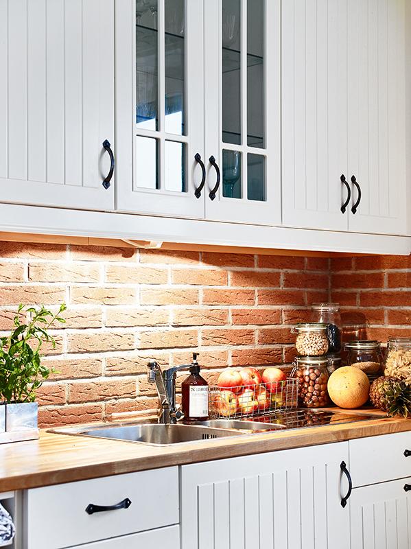 płytki ceglane w kuchni