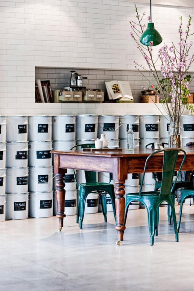 Market Lane Coffee ceglana ściana w kawiarniani.