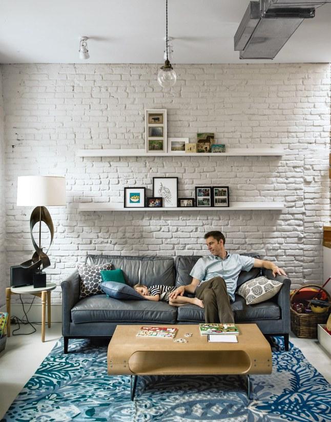 Stara ceg a pomalowana na bia o lekko i przyjemnie for Living room west 6 brooklyn