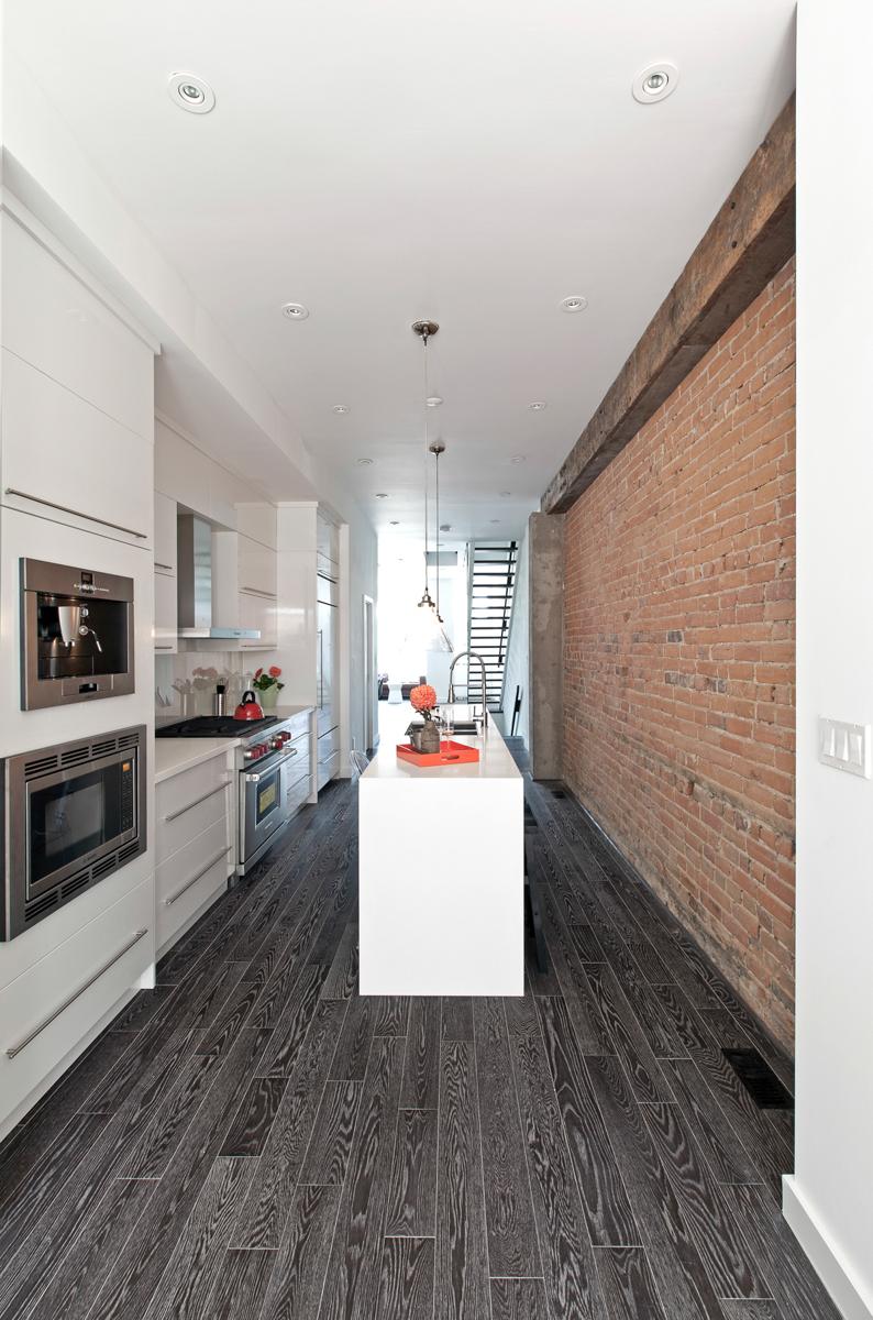 renowacja ceglanego domu
