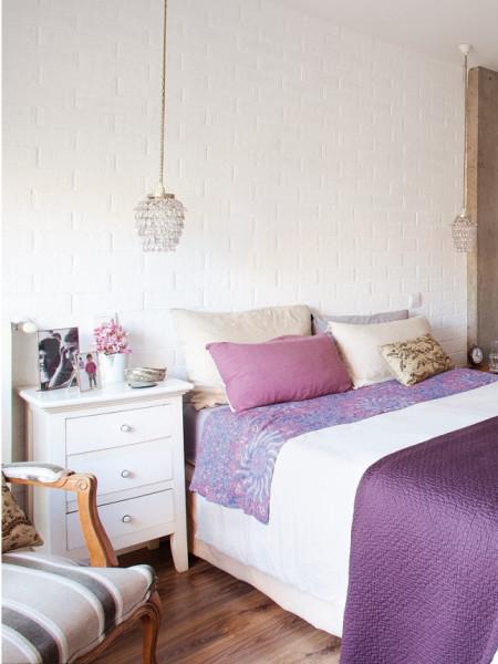 Biala cegla na ścianie = przytulne mieszkanko