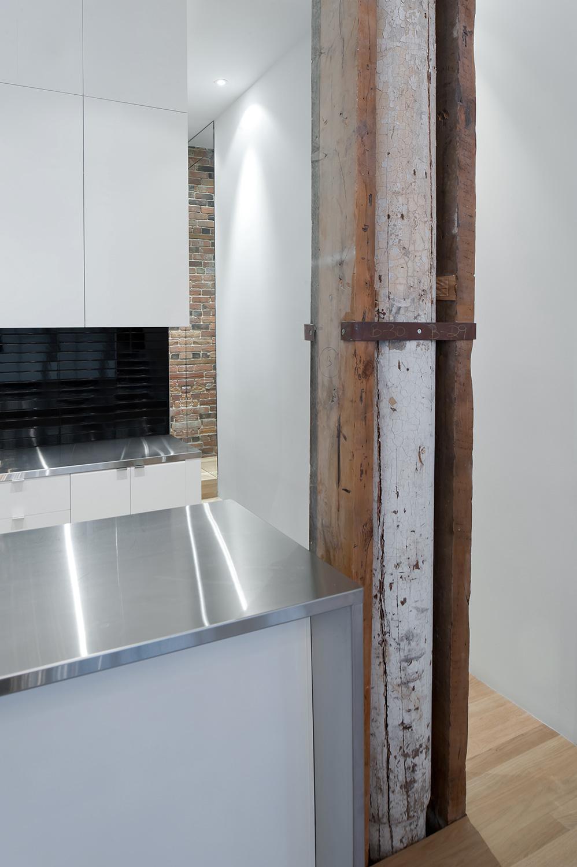 Stare z nowym - idealne połączenie ceglanych ścian ze współczesnym designem. 3